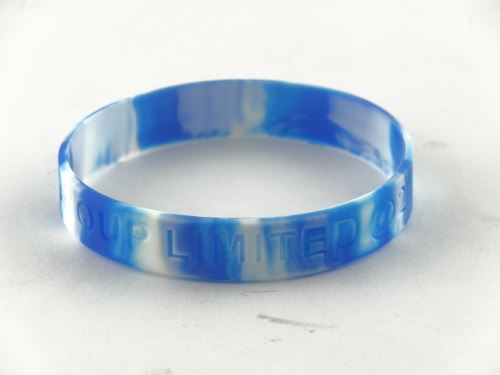 How to design the sports meeting silicone bracelet?