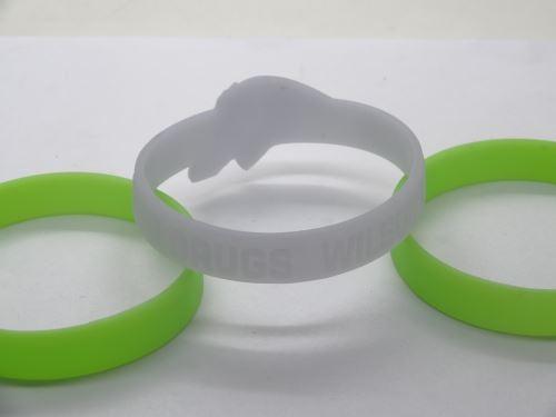 personalised-rubber-bracelets-uk_568.jpg