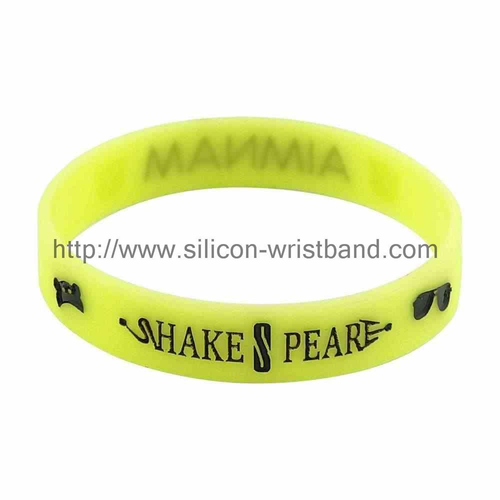 make a wrist band