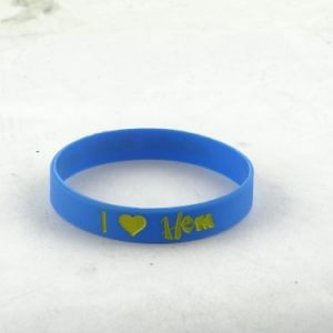 gold-personalized-bracelets_197.jpg