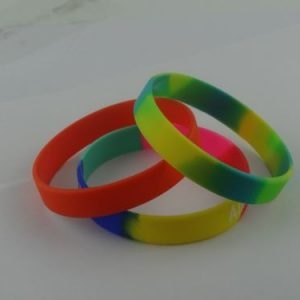 teenage-cancer-trust-wristbands_405.jpg