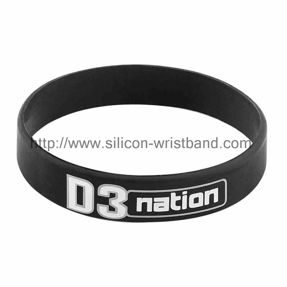 How many factories in the United States silicone wristbands