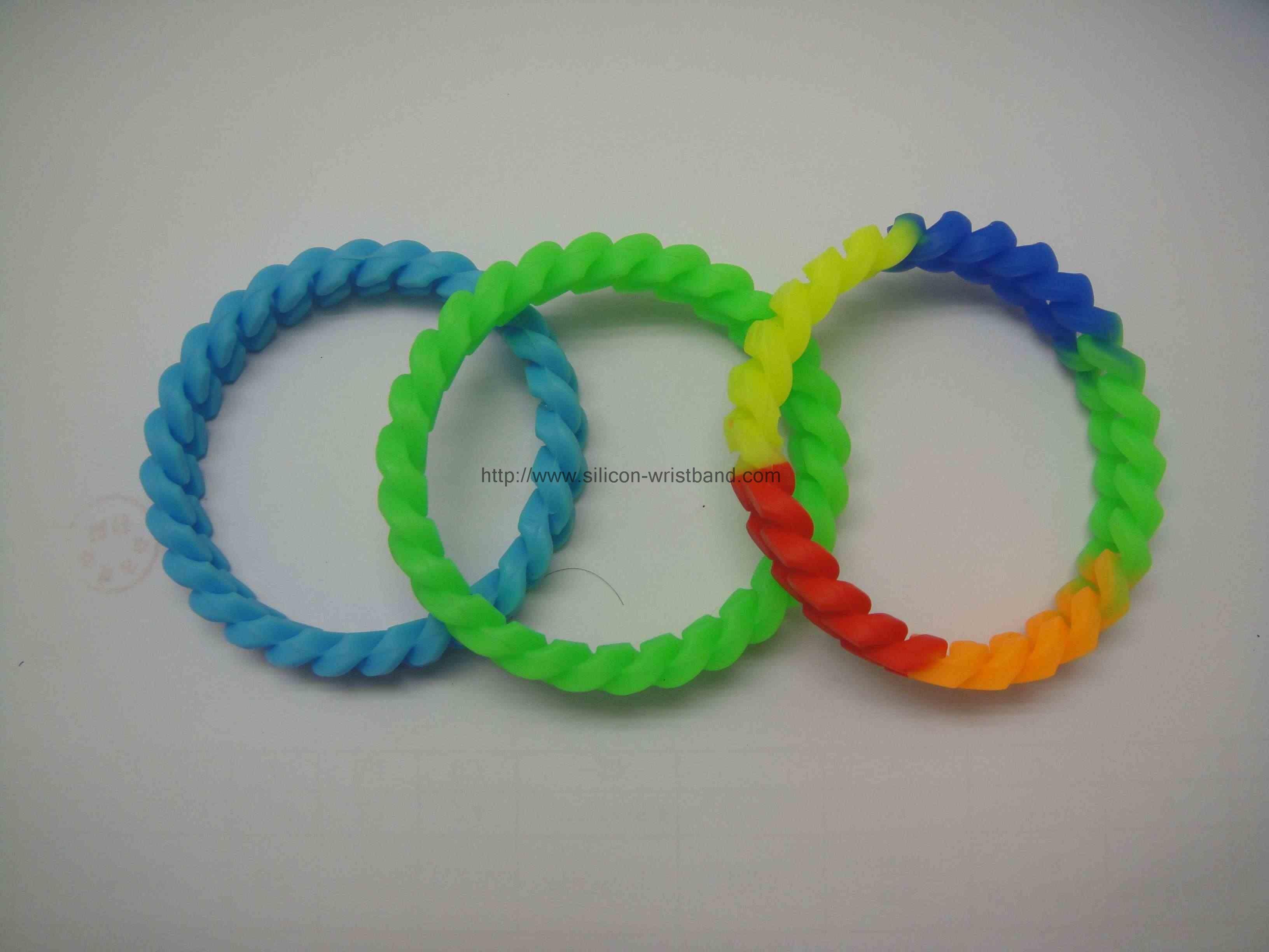 engraveable bracelets