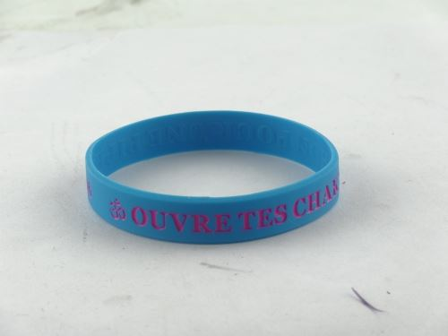 How many silicone wristbands discount?
