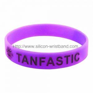 customized-rubber-bracelets_5044.jpg