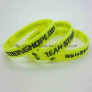 green-silicone-bracelets_2470.jpg