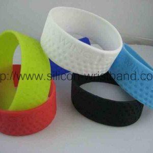 custom-wrist-bracelets_5321.jpg