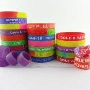 make-your-own-rubber-bracelet-online_101283.jpg
